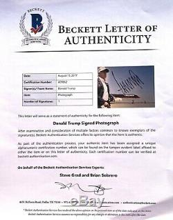 45TH PRESIDENT DONALD J. TRUMP SIGNED 11x14 PHOTO AMERICA MAGA BECKETT BAS