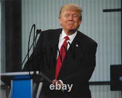 President Donald Trump Signed 8x10 Debate Photo Autographed Jsa Loa