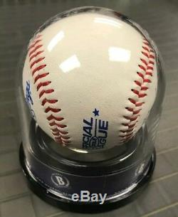 RARE sale Donald Trump Signed Baseball Autographed Beckett BAS / like JSA PSA