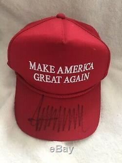 Atout 2016 Autographié Donald Campagne Alabama Rouge Signé Maga Hat Preuve Exact