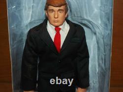 Autographié Donald Trump Doll / Action Figure Avec Coa