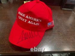 Chapeau Dédicacé De Donald Trump Signé Maga Cap Avec Coa