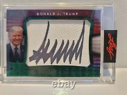 Décision Leaf 2020 Donald J. Trump #/10 Cut Signature Autographe