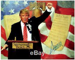 Donald Trump A Signé 8x10 Photo Dédicacée Image Avec Coa