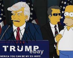 Donald Trump A Signé 8x10 Rare Simpsons Photo 45e Président Maga Bas Beckett Coa