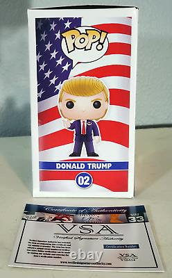 Donald Trump A Signé La Campagne Funko Pop 2016 Avec Coa Autographié