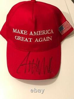 Donald Trump A Signé Make America Great Again Hat With Coa & Proof