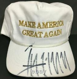 Donald Trump A Signé Un Chapeau Autographié Make America Great Again Beckett Bas