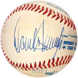 Donald Trump Authentique Signature Complet Signé Baseball. Jsa Loa! Attention De Fakes