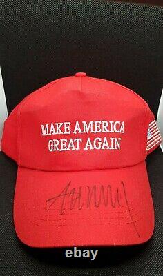 Donald Trump Autographe Coa Sur Maga Hat (extremely Rare)