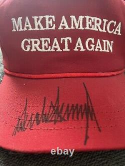 Donald Trump Autographed Maga Hat Cali-fame Hat