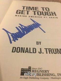 Donald Trump Autographié Livre Son Temps À Durcir Vente Jour
