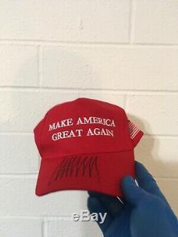 Donald Trump Autographié Red Make America Great Encore Une Fois Chapeau