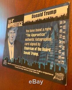Donald Trump Autographiés 2005 Comic Images The Apprentice Signé Carte De Collection