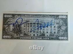Donald Trump Et Mike Pence Signed Victoire Authentique Note Avec Coa