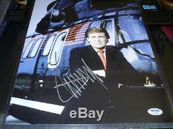Donald Trump Photo De 11x14 Jeune Hélicoptère Signée Psa / Dna Coa Autographiée