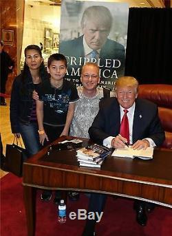 Donald Trump Signé Livre Jsa Coa Crippled Amérique Non Exlibris En Personne