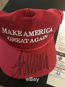 Donald Trump Signed 2016 Rouge Fabriqué Aux États-unis À Cali-fame Maga Hat Global Ga Coa Loa $$$