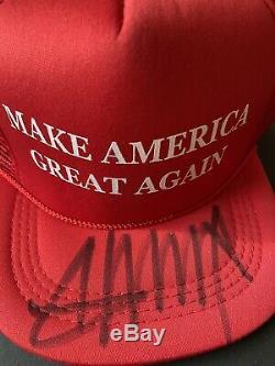 Donald Trump Signée À La Main Hat Avec Coa