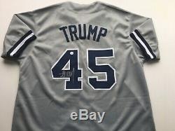 Donald Trump Yankees # 45 Signé Jersey Coa