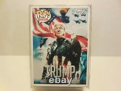 Funko Pop Donald Trump Avec Signe Avec Protector