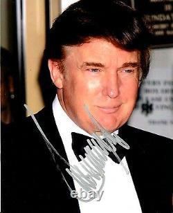 Le 45e Président Donald Trump A Signé Une Photo Dédicacée Avec Jsa Loa+proof
