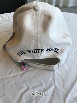 Le Président Américain Donald Trump Signé White House Hat