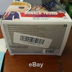 Le Président Donald Trump Autographié Funko Pop # 02 Avec Coa