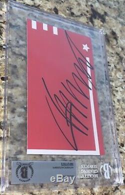 Le Président Donald Trump Autographié Signé Cut Beckett Bas Encapsulé