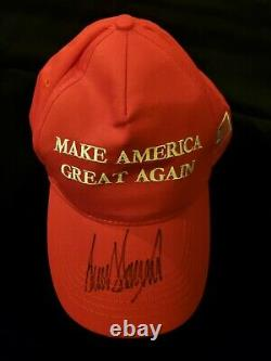 Le Président Donald Trump Bold A Signé Autographié Maga Casquette De Baseball Cap Coa