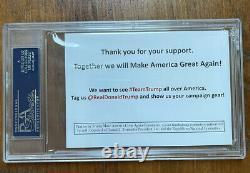 Le Président Donald Trump Et Le Vice-président Mike Pence Dual Ont Signé L'affiche De Campagne Maga Psa Auto
