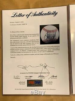 Le Président Donald Trump Framed Signé Autographed Baseball & Maga Hat Psa / Adn Loa