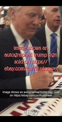 Le Président Donald Trump Signature Campagne Rallye Signe Majorité Silencieuse 2016 Rare