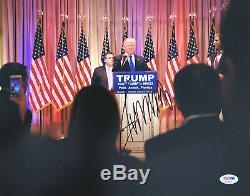 Le Président Donald Trump Signé 11x14 Dna Photo Psa Coa