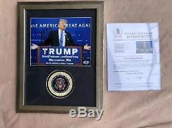 Le Président Donald Trump, Une Photo Dédicacée Encadrée, Lettre Entière De Beckett Bas Jsa Psa
