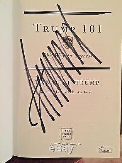 Livre D'autographes Signé Trump 101 Par Donald Trump Jsa President