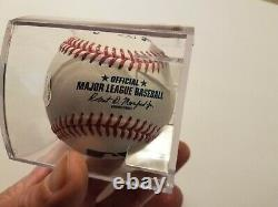Président Donald Trump Autograph / Signed Officiel Major League Baseballcoa
