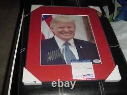 Président Donald Trump Signé Auto Matted/framed 12x15 Photo Portrait Psa/adn