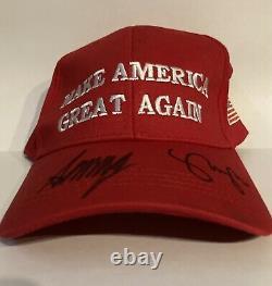 Président Donald Trump & Vice-président Mike Pence Autographié Maga Hat