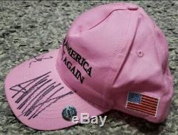 Rose Maga Hat Autographié Par Le Président Trump Et Vice-président Mike Pence! Avec Coa! Rare