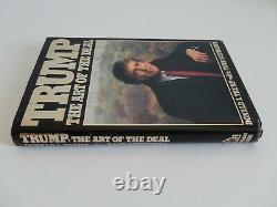 (donald Trump) Signé Art Of The Deal Book Inscrit